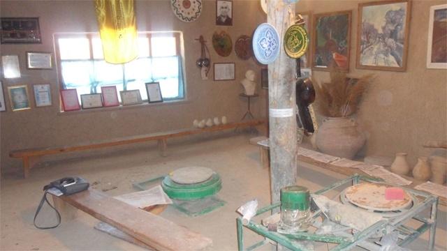 Шымкент қаласының «Тұрлан экспедициясы» шағынауданында орналасқан этномұражай Қарабдаловтың ғана емес