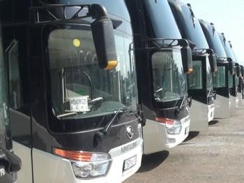 15 автобус және 7 шағын автобус әкелінді
