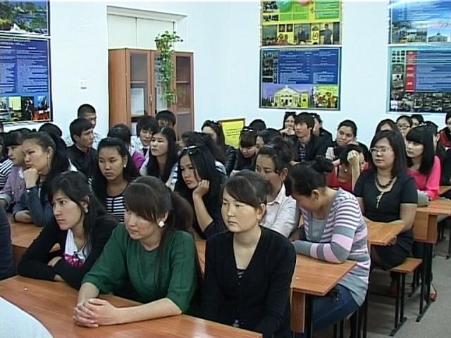 Студенттер өз қойлымдарын тамашалады