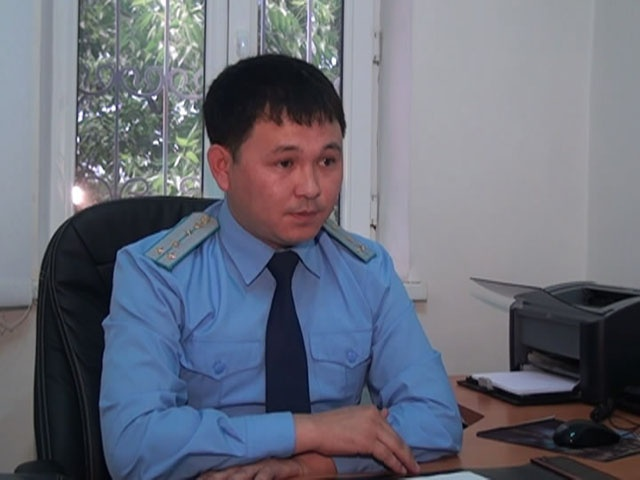 Шырынбай Нәдірбаев-Мақтарал ауданы прокурорының аға көмекшісі