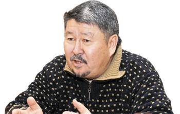 Тілеуберді Бинашев,  ҚР Еңбек сіңірген өнер қайраткері, мүсінші