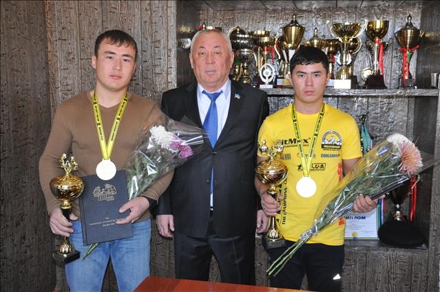 Шынболат Райханов және Ержан Әбілда Әлем чемпионы атанды, фото Т: Джумабековтікі