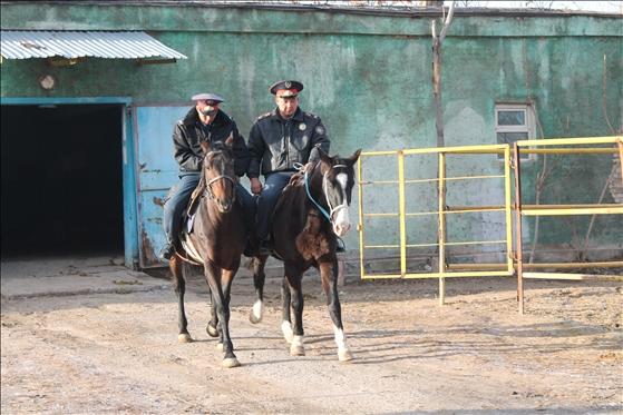 Атты полиция қызметкерлері жұмысқа дайындық үстінде