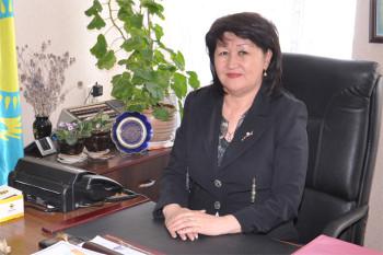 Қатира КӘДІРБАЕВА, Ы.Алтынсарин атындағы №65 мектеп-гимназиясының директоры