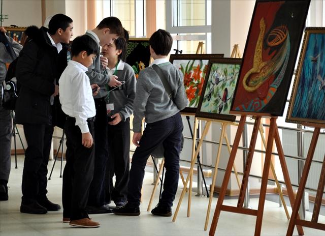 бүгінде физика -математика бағытын тереңдетіп оқытатаын осы Назарбаев зияткерлік мектебінде 647 оқушы білім алып жүр