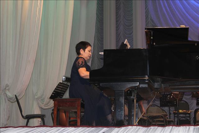Кеш фортепианошы Айгүл Айғазиеваның  жылдық мерейтойына ұйымдастырылды