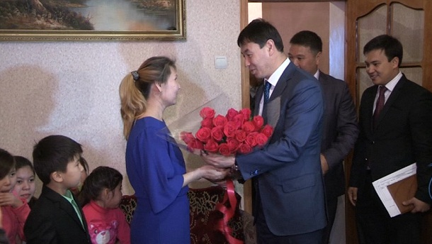 көпбалалы ана Эльмира Ақтаева