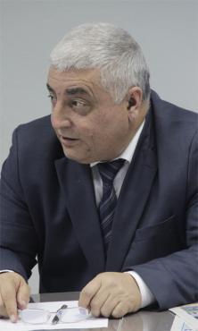 Бахадыр НҰРАЛИЕВ, №107 мектеп-гимназияның директоры