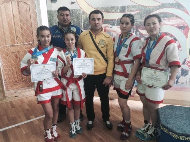 Оңтүстіктің палуандары облыс қоржынына 4 алтын медаль салды