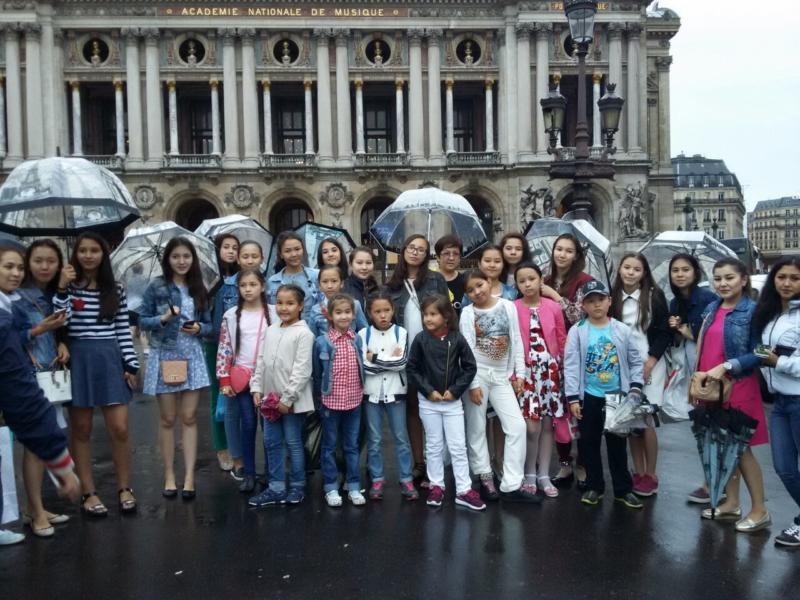«Айгөлек» балалар ансамблі Испанияда жеңіске жетті