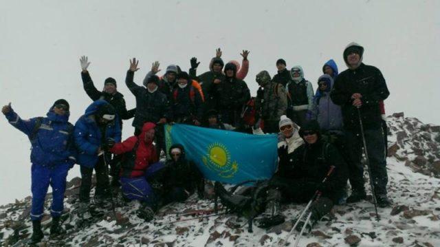 ОҚО альпинистері «Тәуелсіздік шыңын» бағындырды