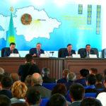 Қазығұрт тұрғындары парламент сенатының депутаттарымен кездесті
