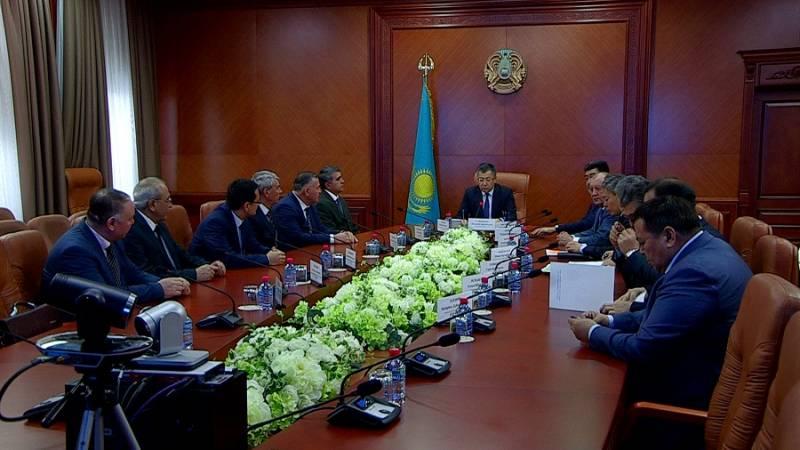 Қазақ-өзбек делегациясы шекарадағы өзендер жайын талқылауда