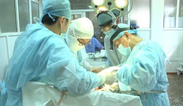 Оңтүстіктің онкологтары моңғол хирургтарымен бірге күрделі ота жасады