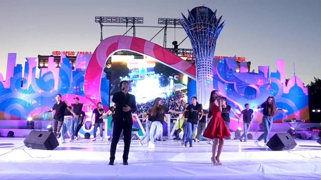 Шымкенттіктер Астана күнін сән-салтанатпен атап өтті