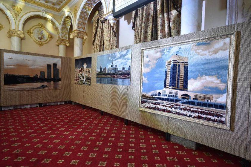 Оңтүстікте Астананың ерекше сәулеті бейнеленген кілемдер көрмесі өтті