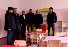 облыс мәслихатының депутаттары Ақсукенттегі реконструкциядан өткен балабақшада болды